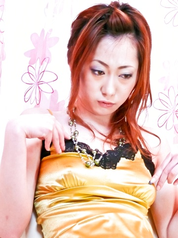 Arisa Suzuhusa - Arisa Suzuhusa solo girl action with sex toys - Picture 1