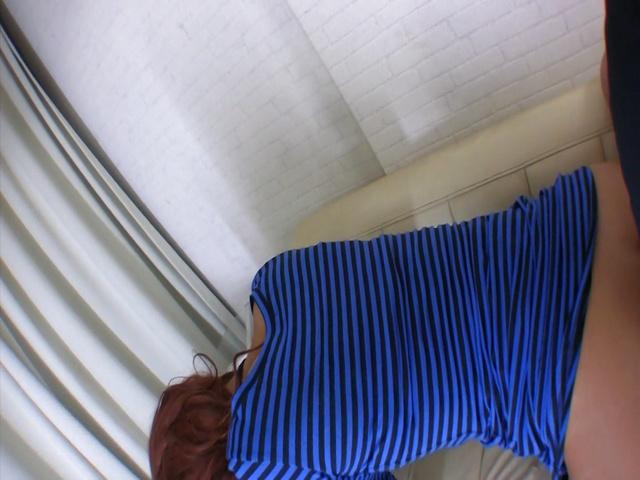 Ayumi Sakurai - 樱井亚弓骑他的公鸡后日本口交 - 图片 6