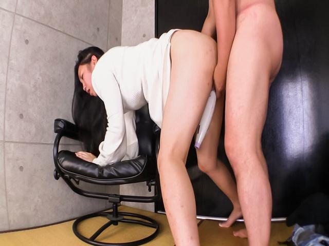 Momoi Sanae - M Sanae endures sex and a full Japanese creampie - Picture 11