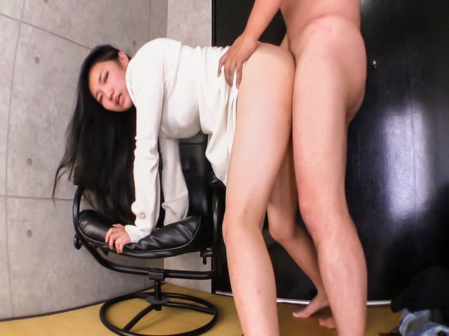 Momoi Sanae - M Sanae endures sex and a full Japanese creampie - Picture 12