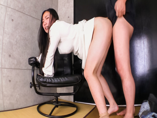 Momoi Sanae - M Sanae endures sex and a full Japanese creampie - Picture 7