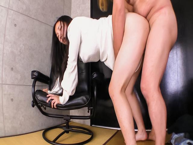 Momoi Sanae - M Sanae endures sex and a full Japanese creampie - Picture 9