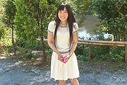 Yui Kasugano - Yui Kasugano 日本街头性感姿势 - 图片 2