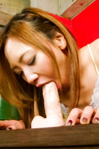 Mio Kuraki - Mio Kuraki gives an asian blow job to a dildo and a cock - Picture 3