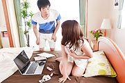 Yui Sakura - DVDを餌に爆乳若妻生ハメ~桜ゆい - Picture 10