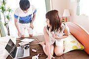 Yui Sakura - DVDを餌に爆乳若妻生ハメ~桜ゆい - Picture 11