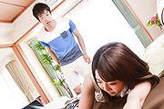 Yui Sakura - DVDを餌に爆乳若妻生ハメ~桜ゆい - Picture 9