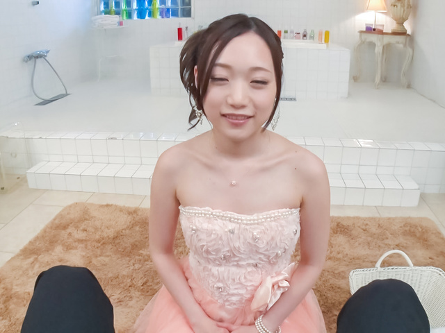 瀬奈まお - 美少女瀬奈まお~カメラ目線フェラ - Picture 1