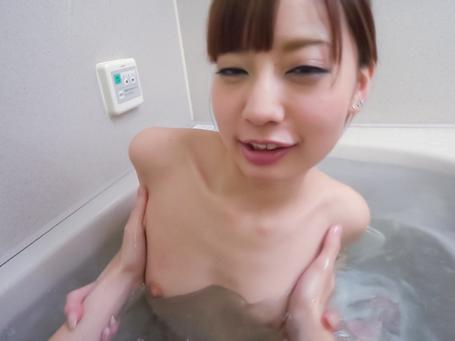 Yuria Mano - Amateur beauty superb Asian blow job in the tub - Picture 1