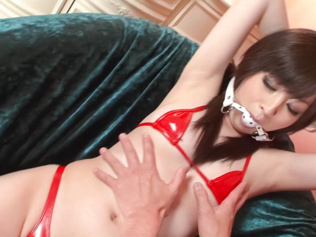 Asuka Mimi - 脱掉比基尼和手指的飞鸟咪咪性交高潮 - 图片 6