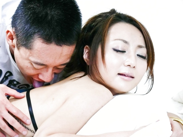 Yuu Shiraishi - Asian chick Yuu Shiraishi fucked balls deep and creampied - Picture 3