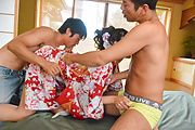 Yuna Shiratori - Yuna Shiratori enjoys Japanese creampie in threesome - Picture 8