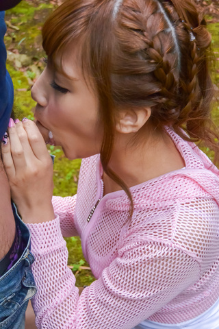 Anna Anjo - SexyAnna Anjo gives Japanese blowjob in outdoor - Picture 7