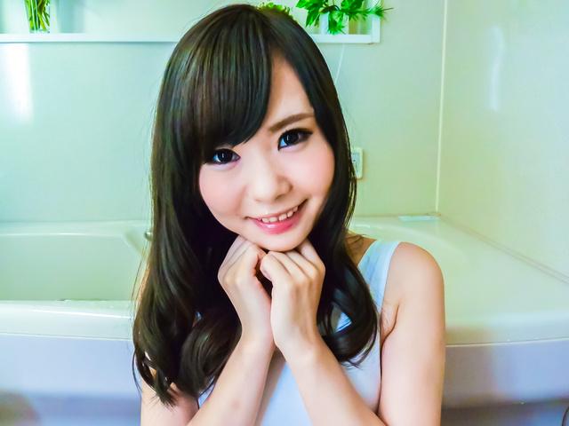 Mayu Kawai - 马玉川获取期间淘气玩刮弄她的阴部 - 图片 3
