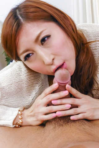 Reira Aisaki - Reira Aisaki gives asian blow jobs and is fucked from behind - Picture 7