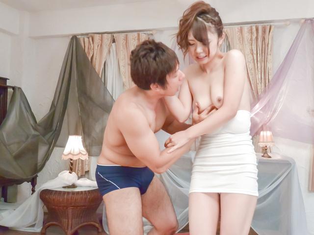 Yura Kurokawa - Yura 黑川纪章获取撞上硬后亚洲口交 - 图片 10