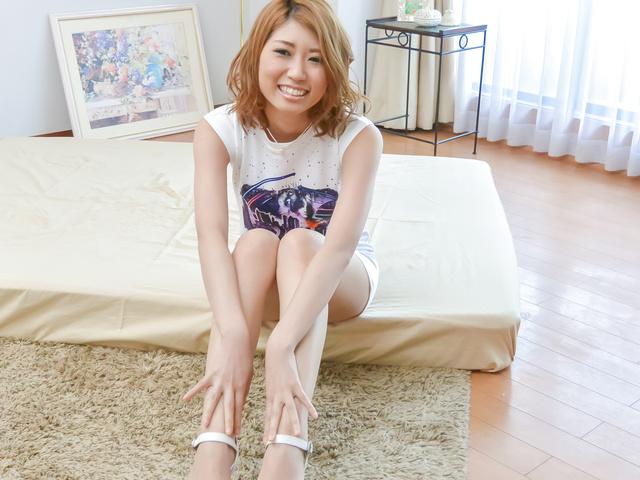 Kanako Kimura - 加奈子木村给亚洲口交之前她去兜风 - 图片 1