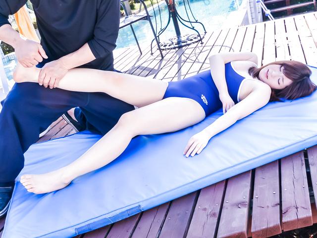 Kaho - 嘉穗享有大亚洲假阳具下来她的阴道 - 图片 12