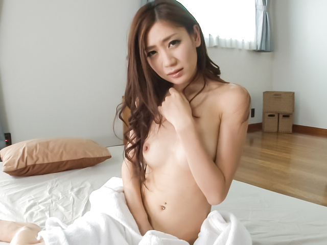 Kaori Maeda - Asian amateur babe plays with pussy in sexy solo  - Picture 2