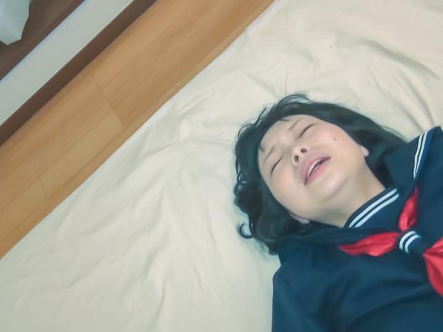 Yuri Sakurai - 尤里 · 樱井扮演淘气纯亚洲铁杆他妈的场景中 - 图片 6