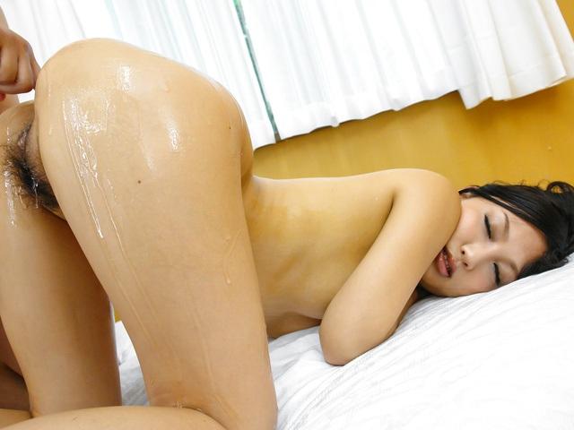 Maki Takei - Superb Japan blowjobduringMaki Takei's hardcore show - Picture 10