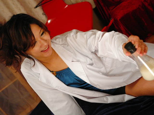 Asami Yoshikawa - 一只公鸡去角质护士杨思敏吉川 - 图片 3
