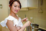 Marin Koyanagi - 胸大热摩提供温暖的亚洲口交 - 图片 1