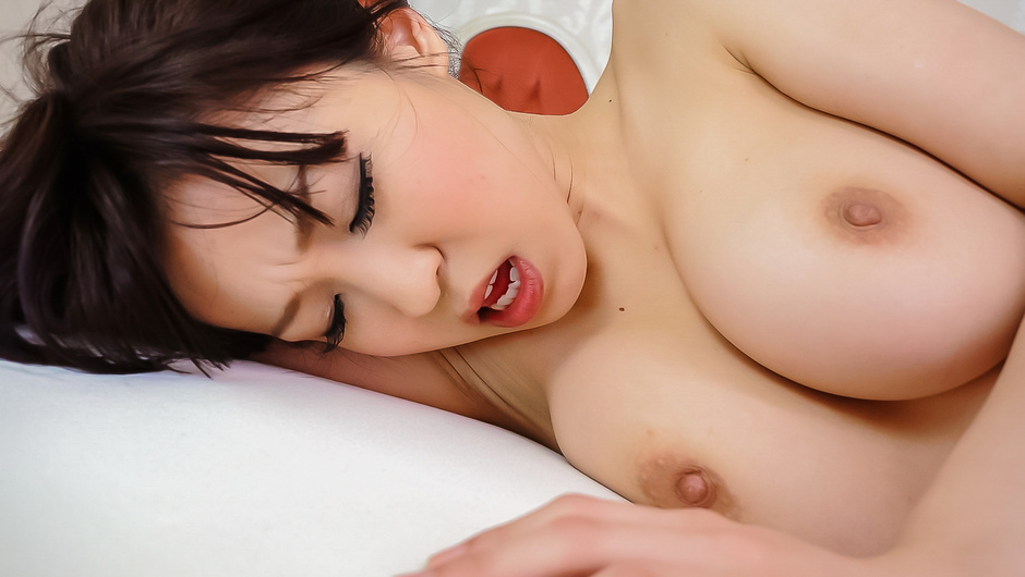 Phim Sex Busty Miina Kanno provides hot Japan blow job