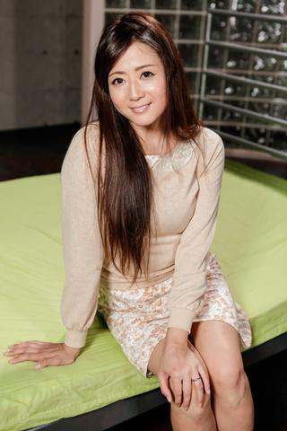 Mizuki Ogawa - 水木小川 ' s 亚洲口交和骑马的公鸡赚她暨 - 图片 1