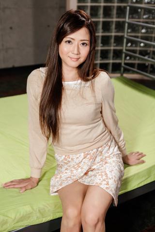 Mizuki Ogawa - 水木小川 ' s 亚洲口交和骑马的公鸡赚她暨 - 图片 3
