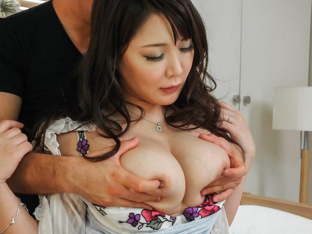 Hinata Komine - Asian anal hardcore with bustyHinata Komine - Picture 3