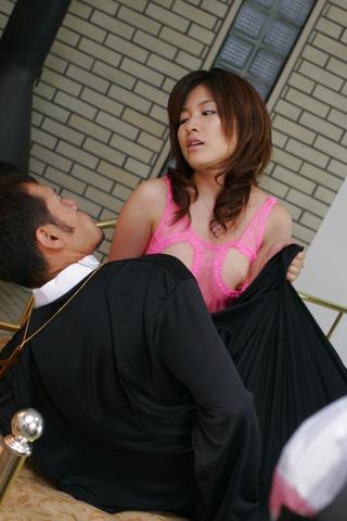 Kana Shimada - Kana Shimada in pink lingerie gets a major pounding - Picture 1