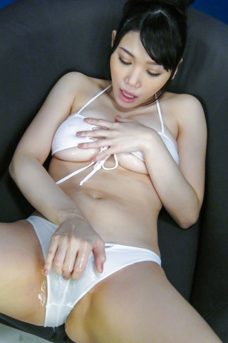 Honami Uehara - Asian dildos to pelaseHonami Uehara's naughty desires - Picture 10