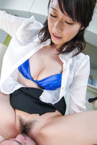 Hitomi Oki - Facial Asian cum shot after hardcore sex withHitomi Oki - Picture 12