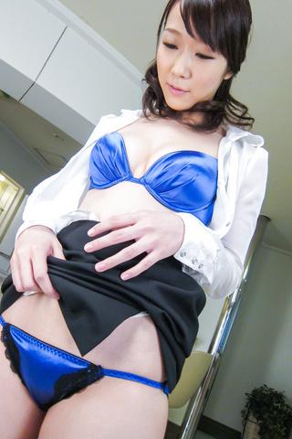Hitomi Oki - Facial Asian cum shot after hardcore sex withHitomi Oki - Picture 8