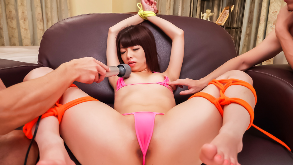 Phim Sex Asian anal porn with young cutie Akina Sakura
