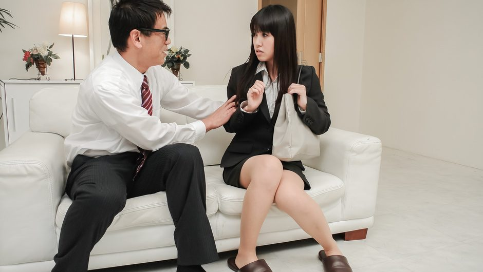 Phim Sex Strong pleasure for Kotomi Asakura from Asian dildos