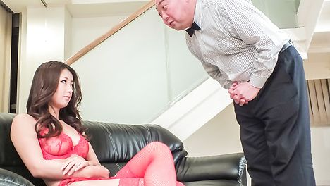 Sexy lingerie makes Satomi Suzuki a target for asian cumshots