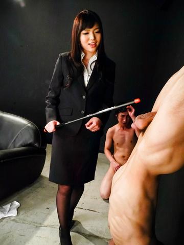 Megumi Shino - Megumi Shino licks dicks and enjoys threesome sex  - Picture 6