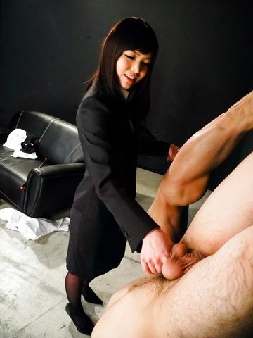 Megumi Shino - Megumi Shino licks dicks and enjoys threesome sex  - Picture 7