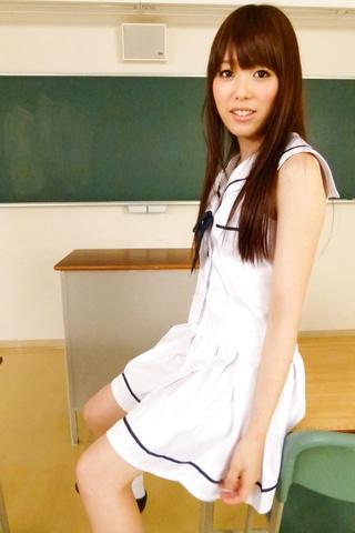 Moe Sakura - Teen asian amateur Moe Sakura rides cock in POV - Picture 3