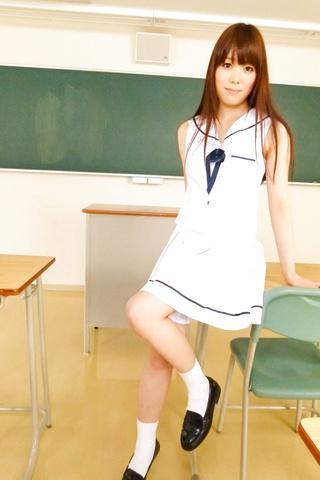 Moe Sakura - Teen asian amateur Moe Sakura rides cock in POV - Picture 5
