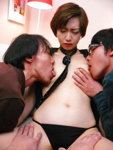 Akina Hara - Akina Hara has asian blow jobs for three guys - Picture 9
