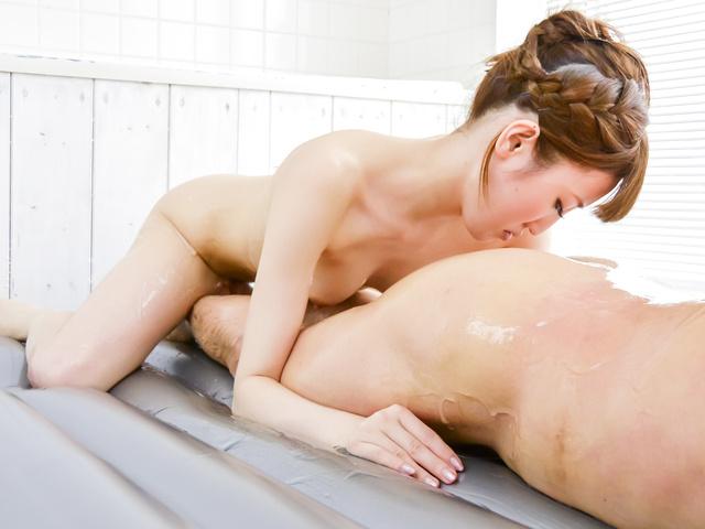 Karin Aizawa - 惊人的日本打击工作,卡琳相泽 - 图片 11