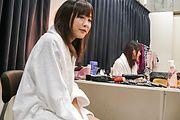 Momoka Rin - Momoka 凛给亚洲的口交,吞下他的爵士 - 图片 1