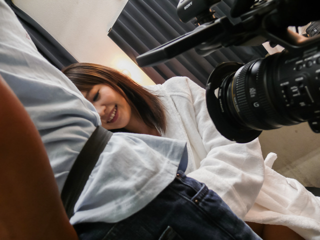 Momoka Rin - Momoka Rin gives an asian blowjob to swallow his jizz - Picture 4