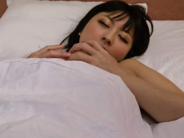 Megumi Haruka - Megumi Haruka's japanese vibrator makes her pussy purr - Picture 1