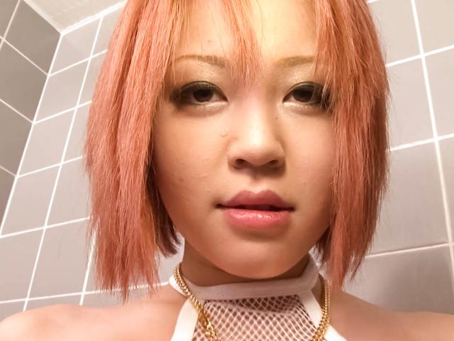 Sara - 爆乳HカップSARAのバスルームオナニー - Picture 5