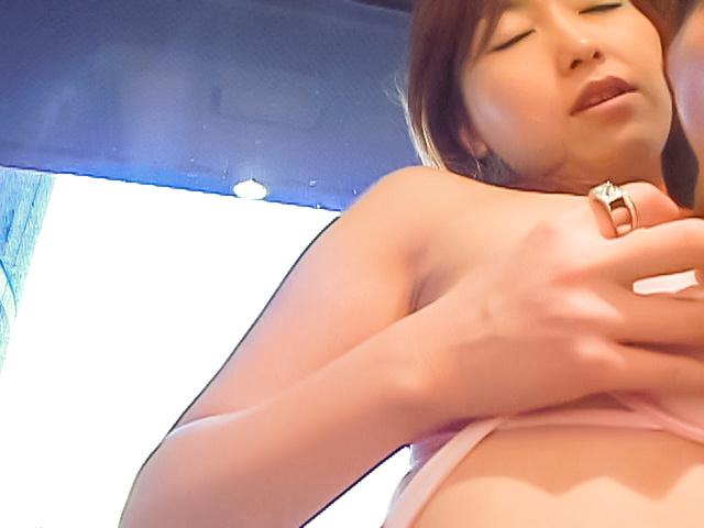 An Mizuki - Great Asian blowjob with Kaori, the needy milf - Picture 6