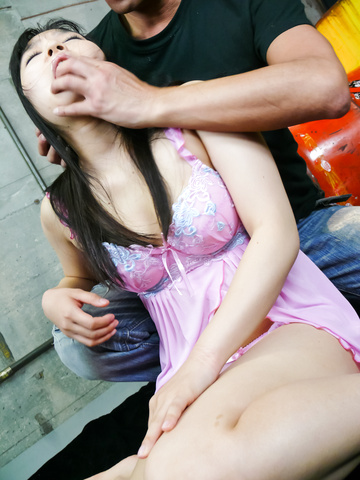 Chiharu - Chiharu asian giving blowjob to multiple guys - Picture 5